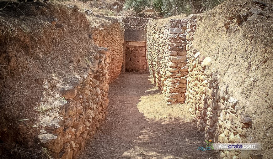 Archaeological Site Of Vaulted Grave Of Maleme Chania