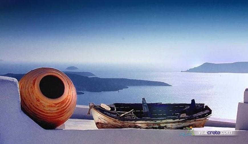 Santorini day trips from Crete
